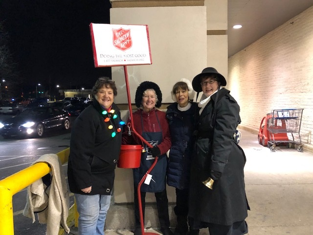 2018 12 12 Salvation Army Bell Ringing 2